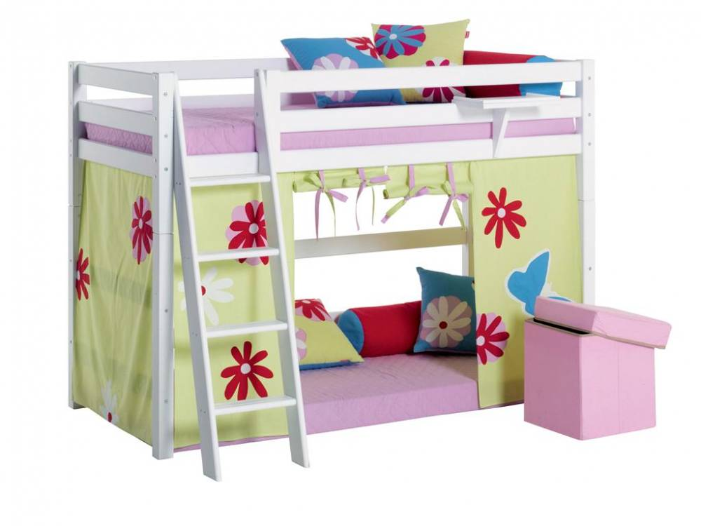 hoppekids mittelhoch bett wei mit schr ger leiter und. Black Bedroom Furniture Sets. Home Design Ideas