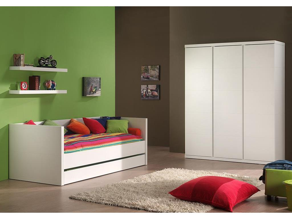 vipack lara kleiderschrank 3 t rig wei h he 204cm. Black Bedroom Furniture Sets. Home Design Ideas